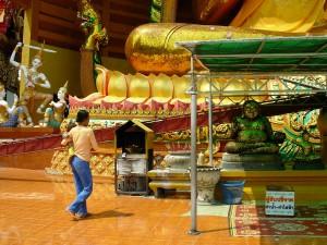 KB Thai temple 2