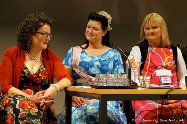 Dames Angela Savage, Leigh Redhead & Vikki Petraitis (Photo: Neville Hiatt)